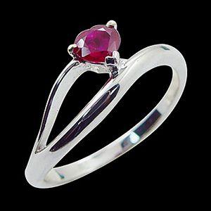 心所嚮往-紅寶石戒指
