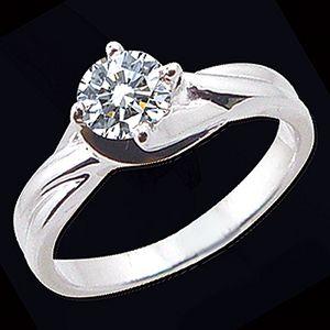 俏麗風采-GIA鑽石