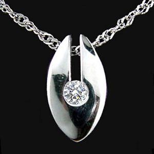 包容的愛-鑽石墜子