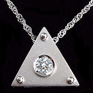 煽動三角-鑽石墜子