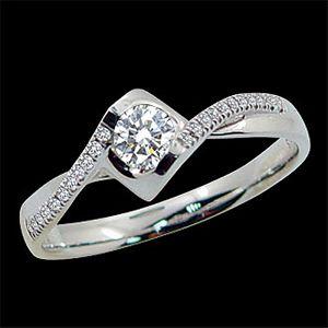 相愛到永遠-求婚鑽戒