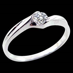 唯情-求婚鑽戒