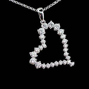 閃亮真心-鑽石墜子