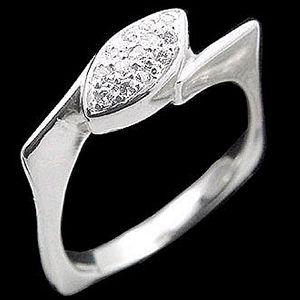 情人-鑽石戒指