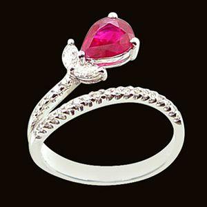 水靈舞袖-紅寶石戒指