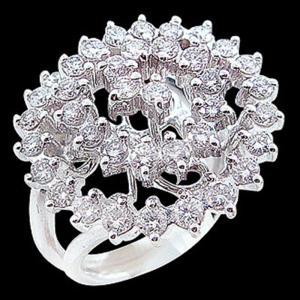 獨領風騷-求婚鑽戒