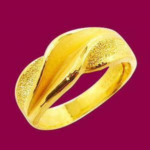 翻騰-黃金戒指